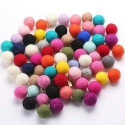 Dryer wool ball