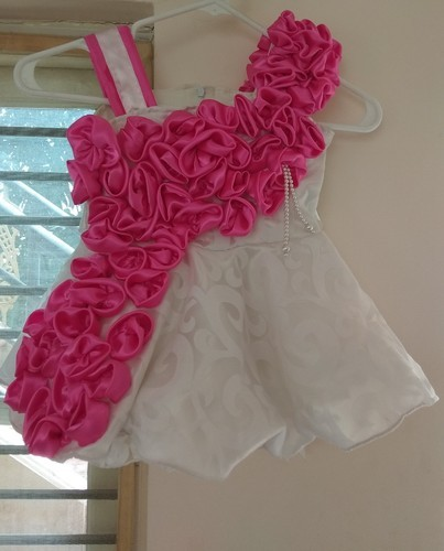 d3fc56f5af83 18- 36 White Baby Party Wear Frocks