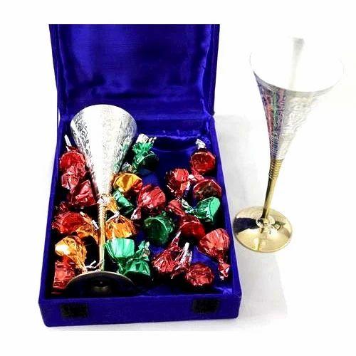 Handicraft Gift Item Gift Items Bartan Bazaar Moradabad Jk