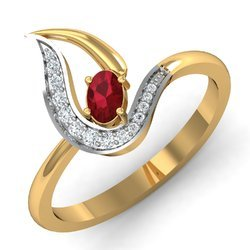 Maroon Stone Golden Diamonds Ring