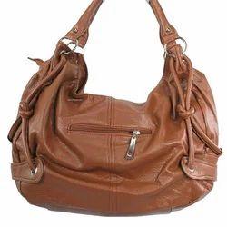 1976e76376 Ladies Leather Handbag