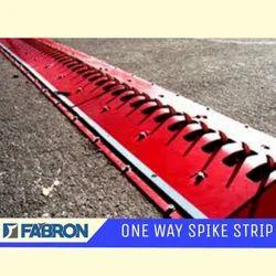 One-way Spike Strip