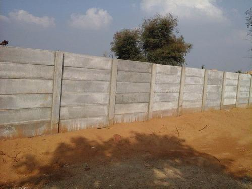 Low Cost Concrete Boundary Wall