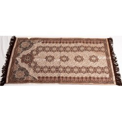 Prayer Mats Manufacturers Suppliers Amp Wholesalers