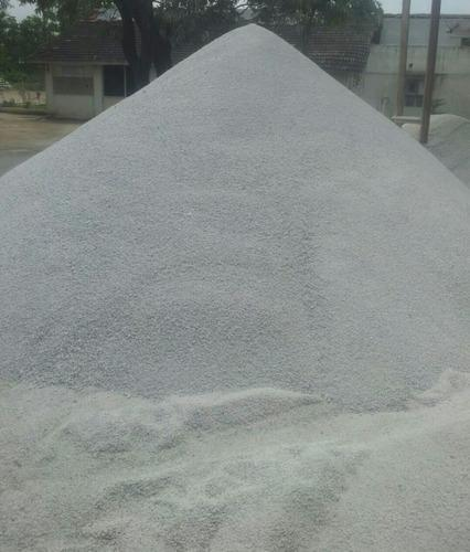 WHITE DOLOMITE Chips For Steel Plant, Packaging Type: LOOSE