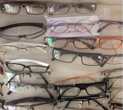 7ad0de3a875 Choosing Eyeglass Frames   Fiberglass Frame Retailer from Hyderabad