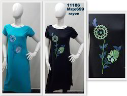 Rayon Kurta With Cap Sleeve And Floral Embroidery