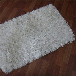 White Polyester Shaggy Carpet