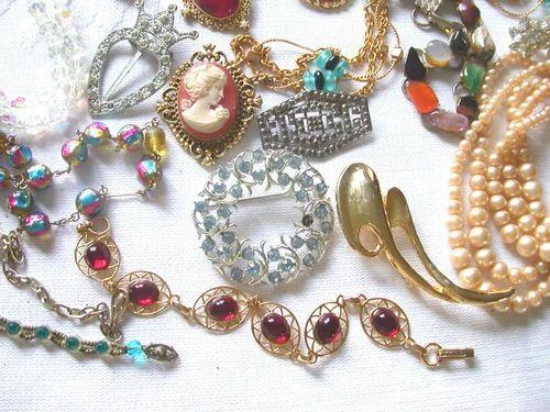cdac74fd3e Costume Jewelry