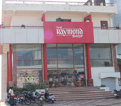 Raymond Shop Real Estate Services