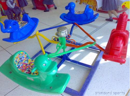 merry go round four seater