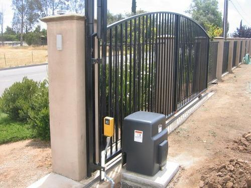 Automatic Iron Gate