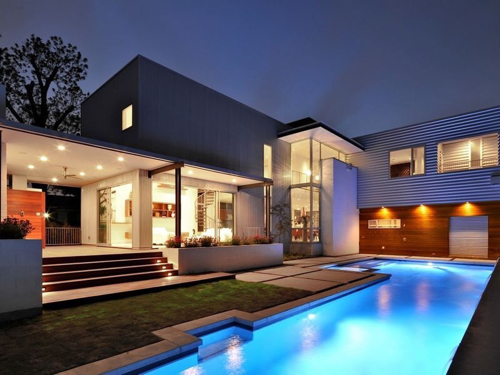 luxury villa construction