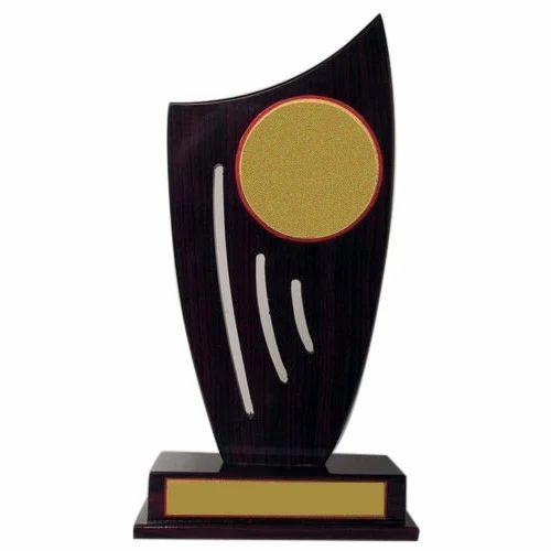 Award trophy wooden award trophy manufacturer from new delhi for How to design a trophy
