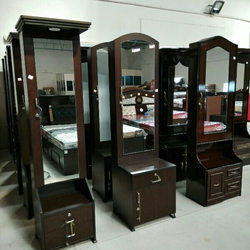 Standardized Dressing Table Suppliers Manufacturers In India