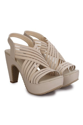 b4d98dff23b Beauty Queen Black Cream Beige Peach Heels