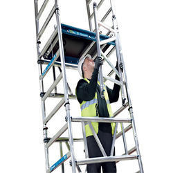 Single Width Scaffold With Stairway On Hire