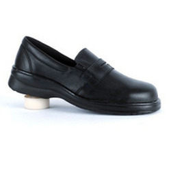9b5fbee33a77 Ladies Leather Shoes in Chennai