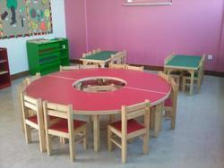 Play School Round Table with Chairs