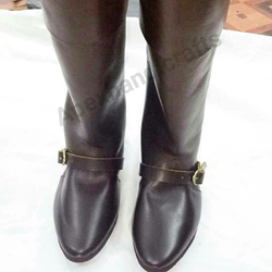 Roman leather boots
