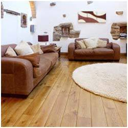 Brown Maple Solid Wooden Flooring, Finish Type: Matte, Thickness: 15mm