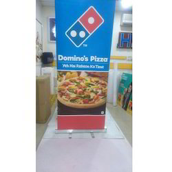 Retractable Banner Standee