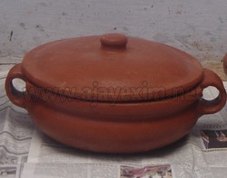 Clay Curry Bowl with Lid