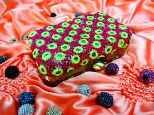 Embroidered & Beaded Beaded Evening Handbag