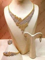 Nakkash Jewellers Diamond Necklace Set, Packaging Type: Box