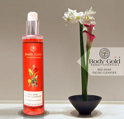 Luxurious Herbal Red-Wine Facial Cleanser