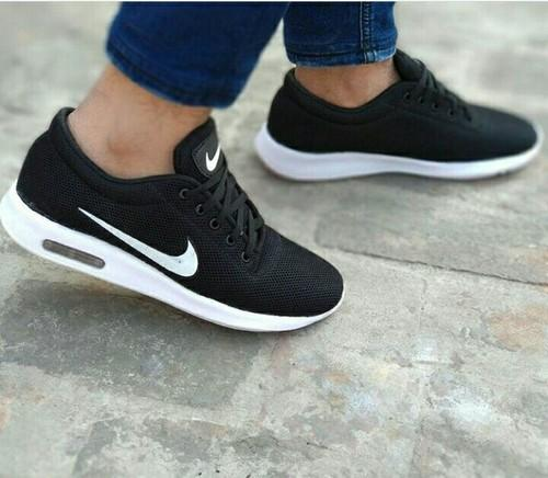 Ennegrecer Corea bruscamente  Nike Male Casual Shoes For Man, Size: All, Rs 1599 /number M.H.WORLD | ID:  18451783962