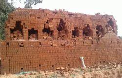 Triangle Clay Bricks, Size: 9 In. X 3 In. X 2 In.