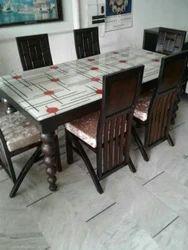 Wooden Dining Table In Ludhiana वुडन डाइनिंग टेबल