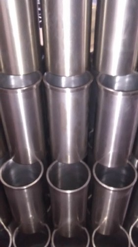 Cylinder liners sleeves centrifugal cylinder liners manufacturer weichai 615618 cylinder liner get best quote fandeluxe Image collections