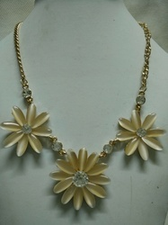 Ladies Flower Design Necklace