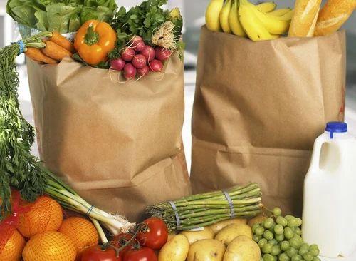 warzywa w torbie papierowej