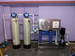 Automatic Reverse Osmosis Plant, Capacity: 1000-2000 Liter/hour