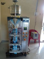 1/2 Ltr Milk Pouch Packing Machine With Sensor Mark Cutting
