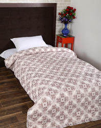 Paisley Leaves Printed Bed Quilt