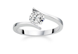 Solitaire Round Diamond Ring