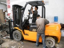 Forklift Repair & Maintenance  in kolkata
