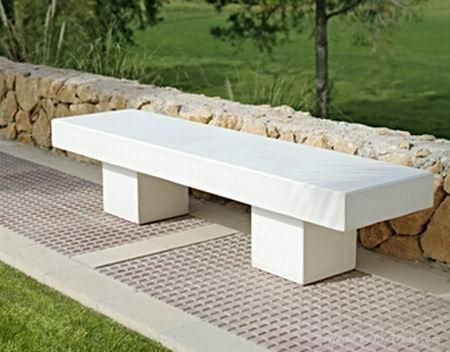 Exceptionnel Concrete Bench