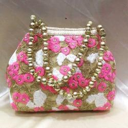 Floral Print Traditional Purse
