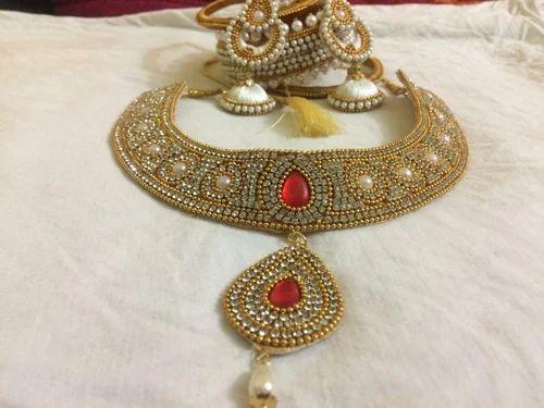 c5f28d173f98 Bridal Jewellery at Rs 1000  set