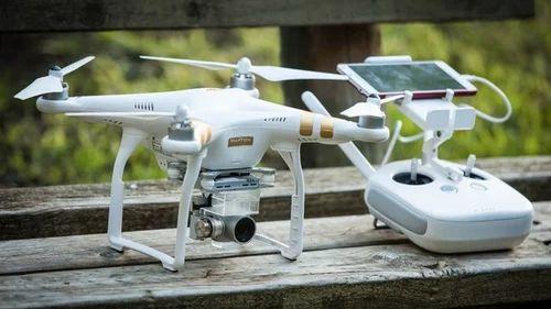 DJI Phantom 3 Pro Quadcopter With Stabilized 4k