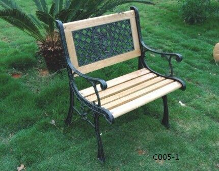 Cast Iron Outdoor Chair Size 2 5 Ft X 2 5 Ft X 3 Ft Rs 8500
