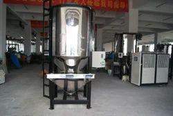 SSPT Screw Type Vertical Plastic Granules Mixer, Capacity: 300kgs To 3000kgs