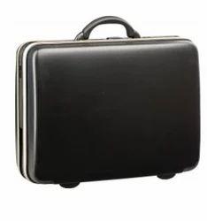 VIP Titanium Suitcase Jet Black