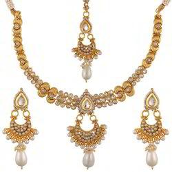 Golden Necklace Set Woman Jewellery Set, Size: Free Size