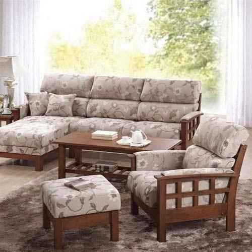 Wooden Checks Sofa Set